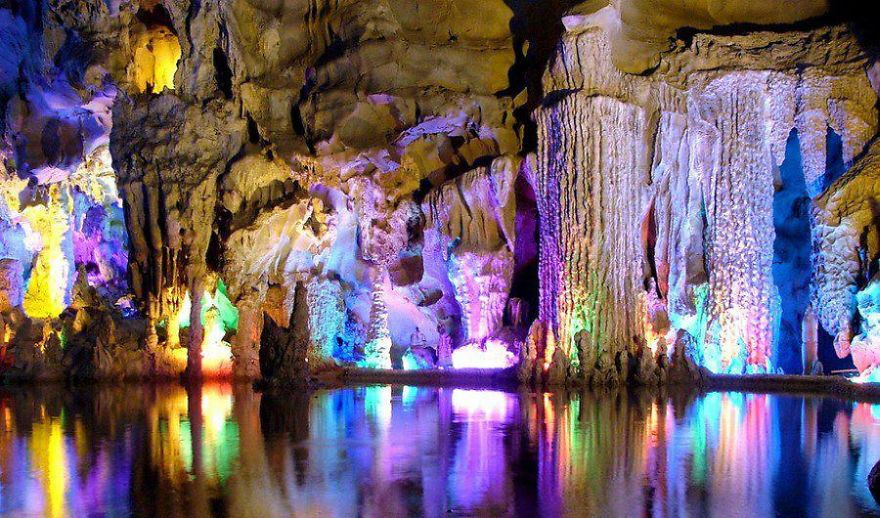 24-Reed-Flute-Cave-In-Guangxi-China