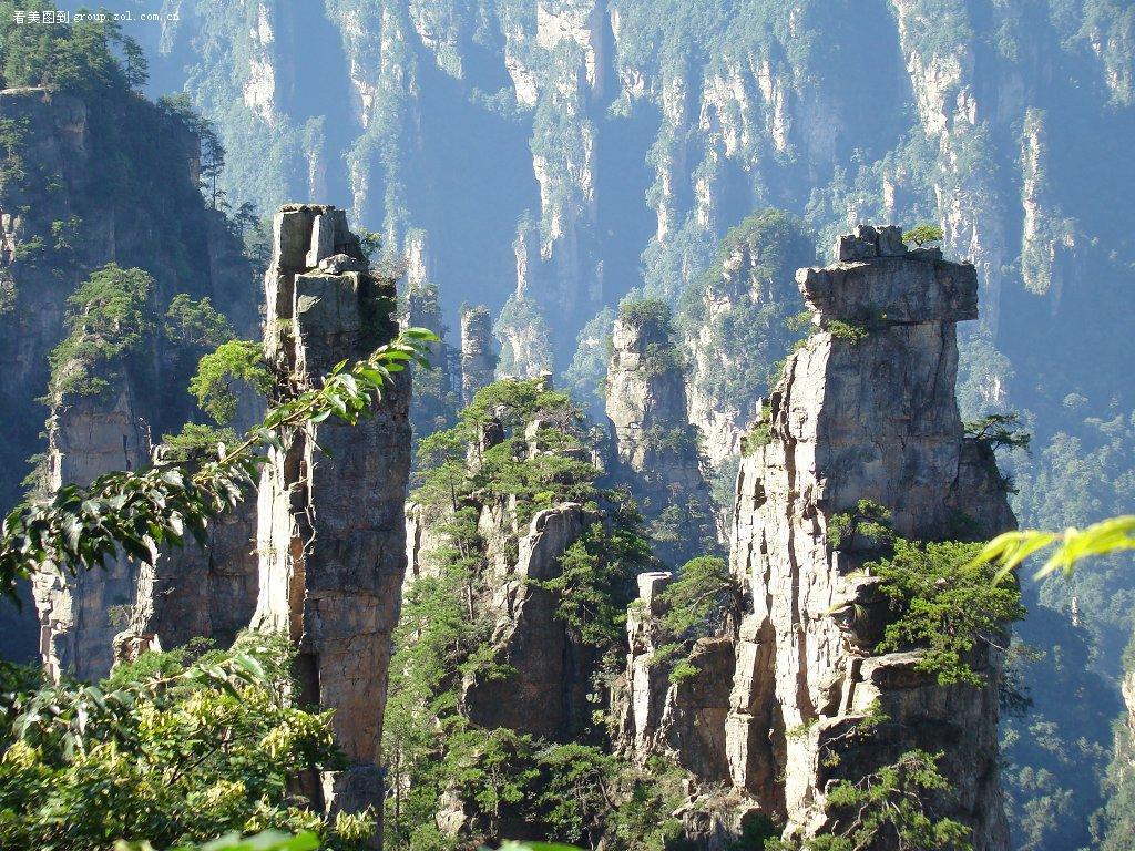 3 Tianzi Mountains in China
