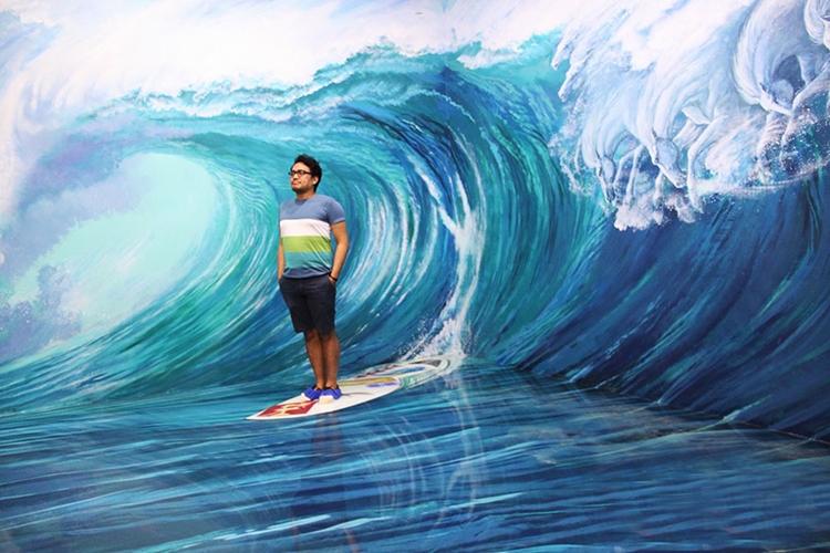 3D art museum surf
