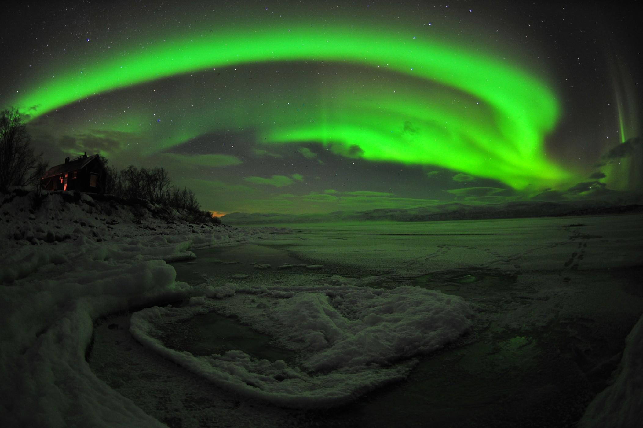 5 Aurora-abisko-fisheye winter