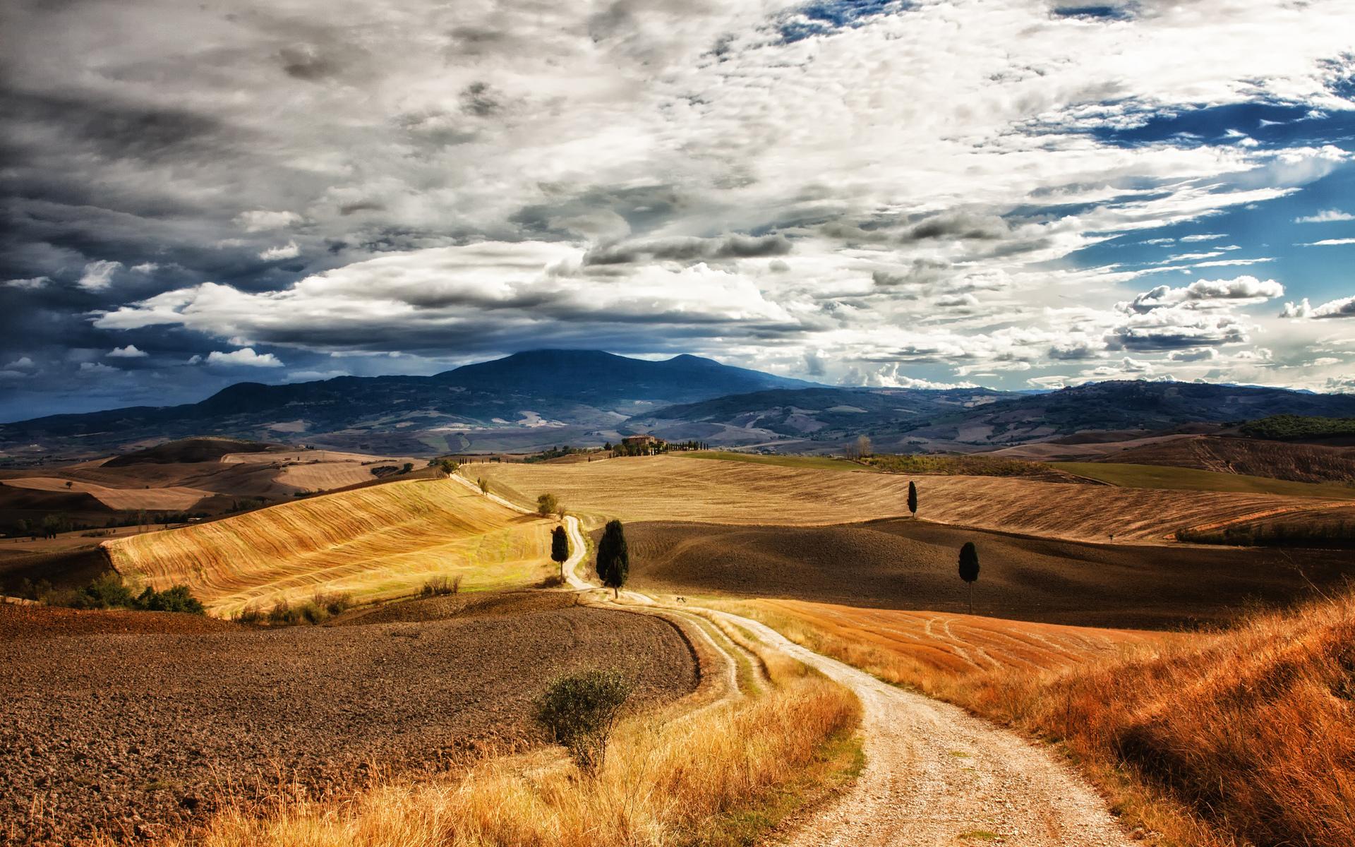 7002548-tuscany-landscape