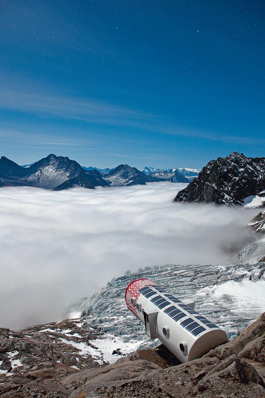 Bivacco Gervasutti, Mont Blanc (4)