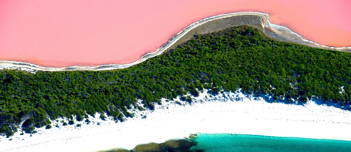 Lake-Hillier Amazing places