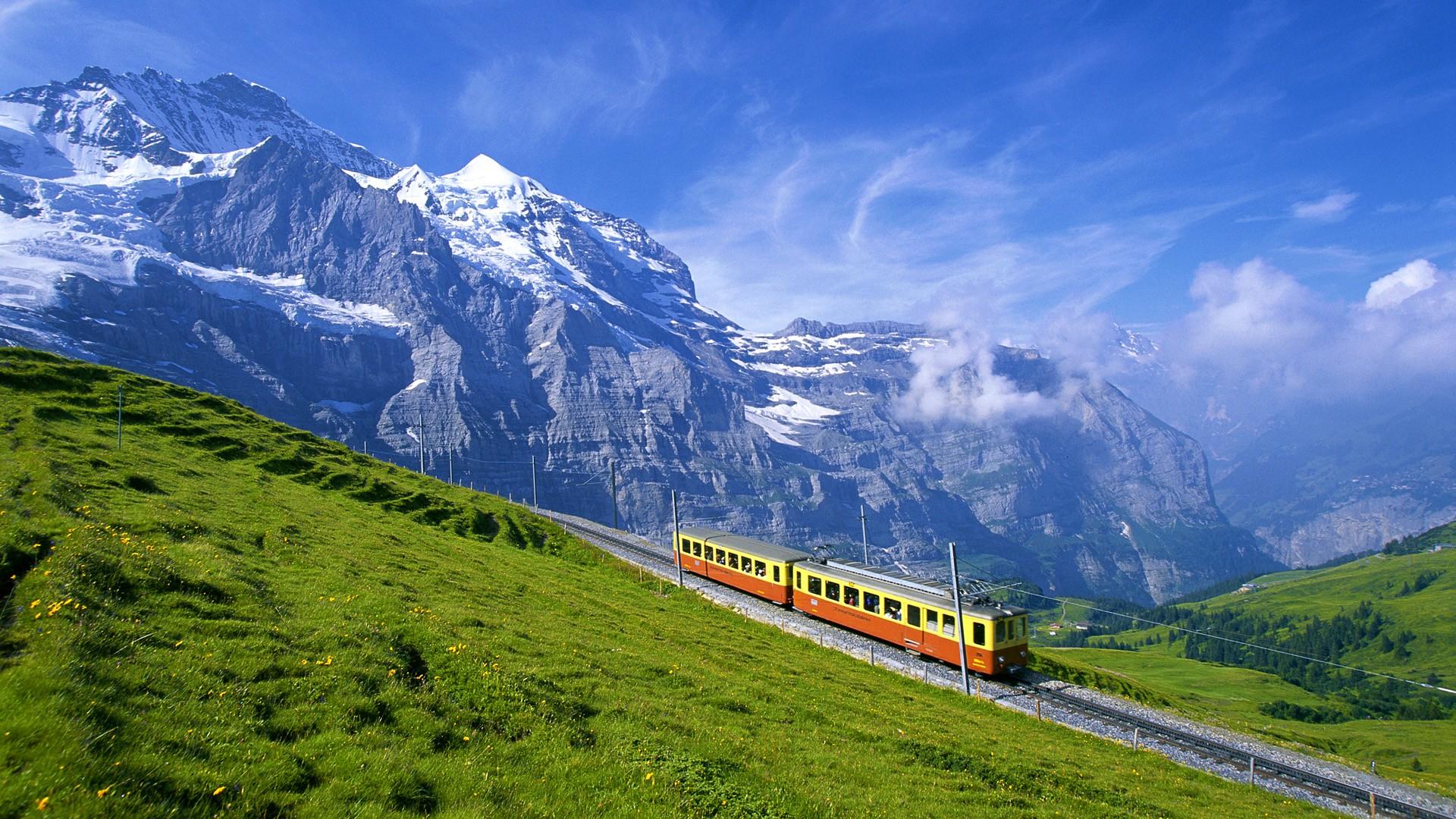 Mountains-Switzerland-Bernese-Oberland