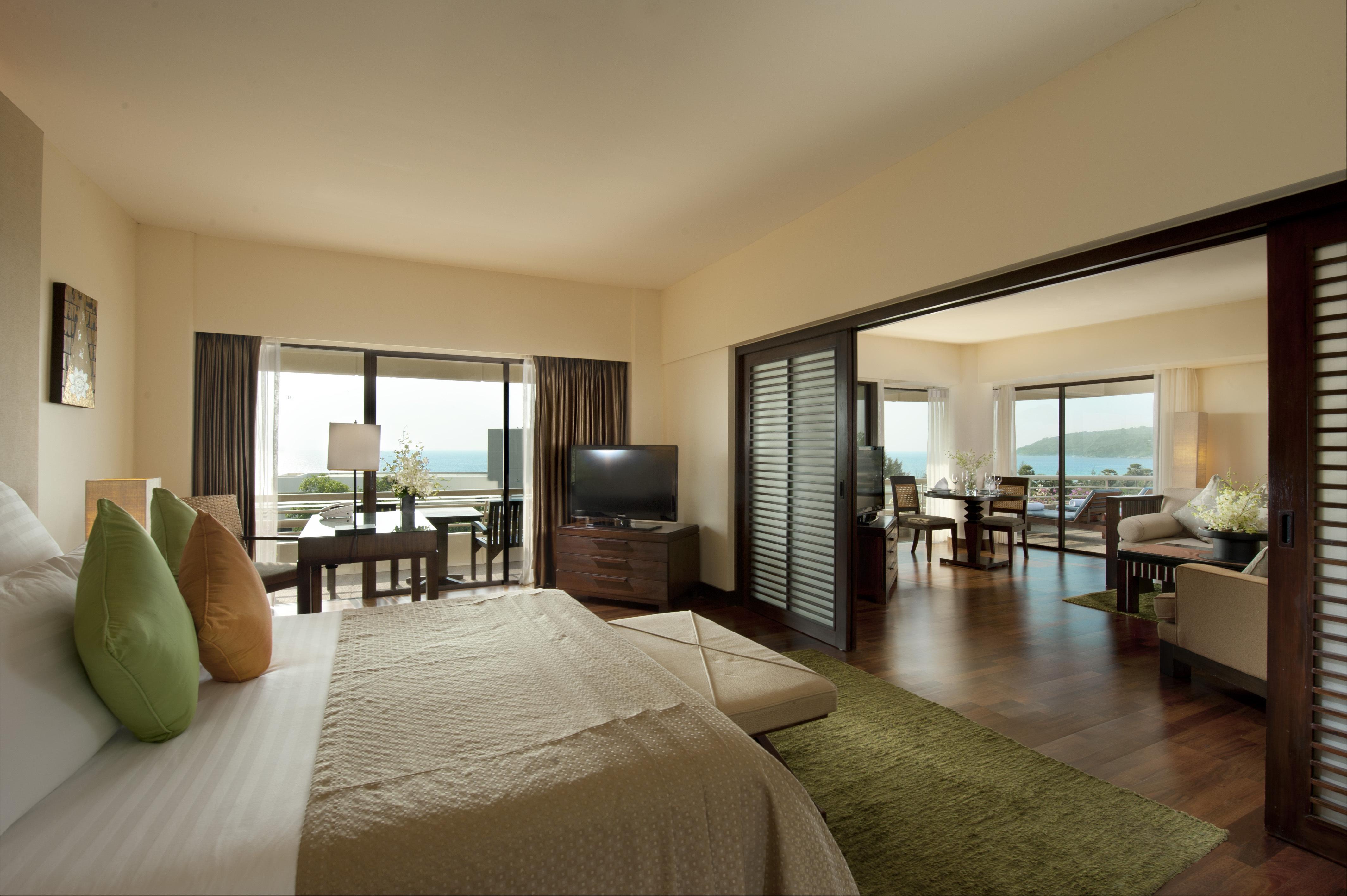 Hilton hotel bedroom
