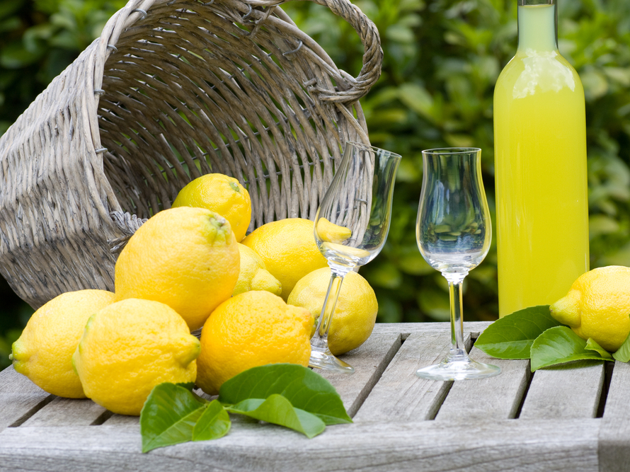 limoncello in Italy