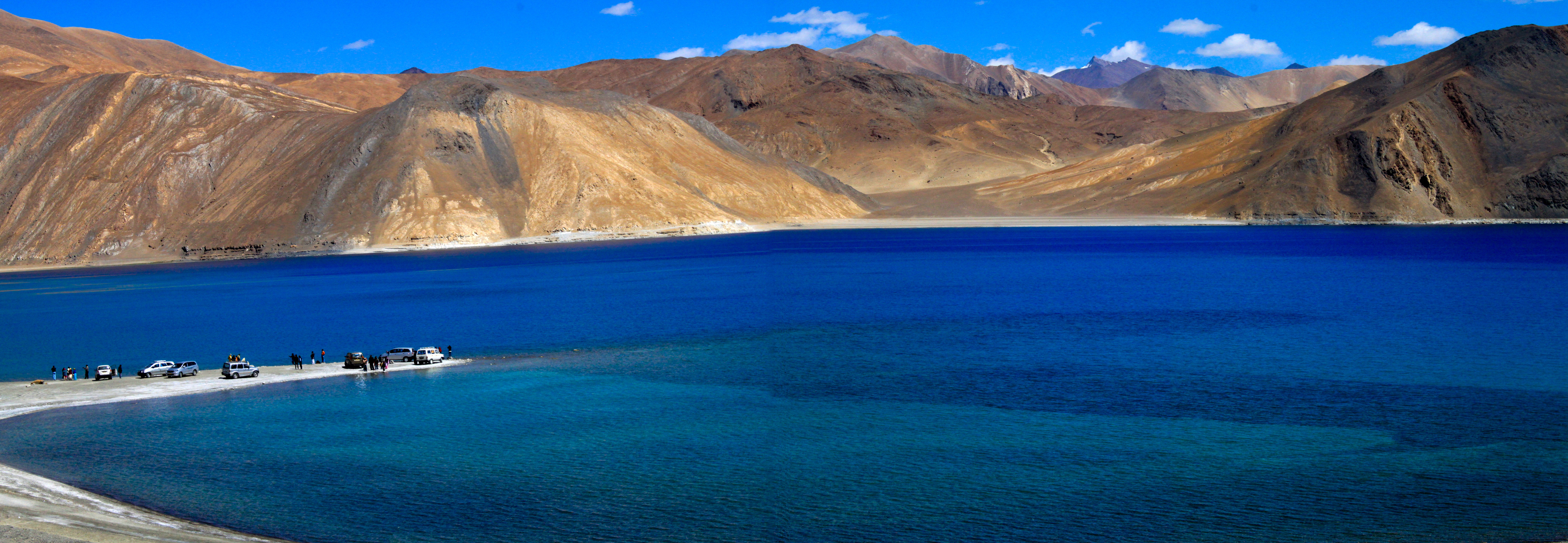 Pangong_Tso Perfect places to go camping