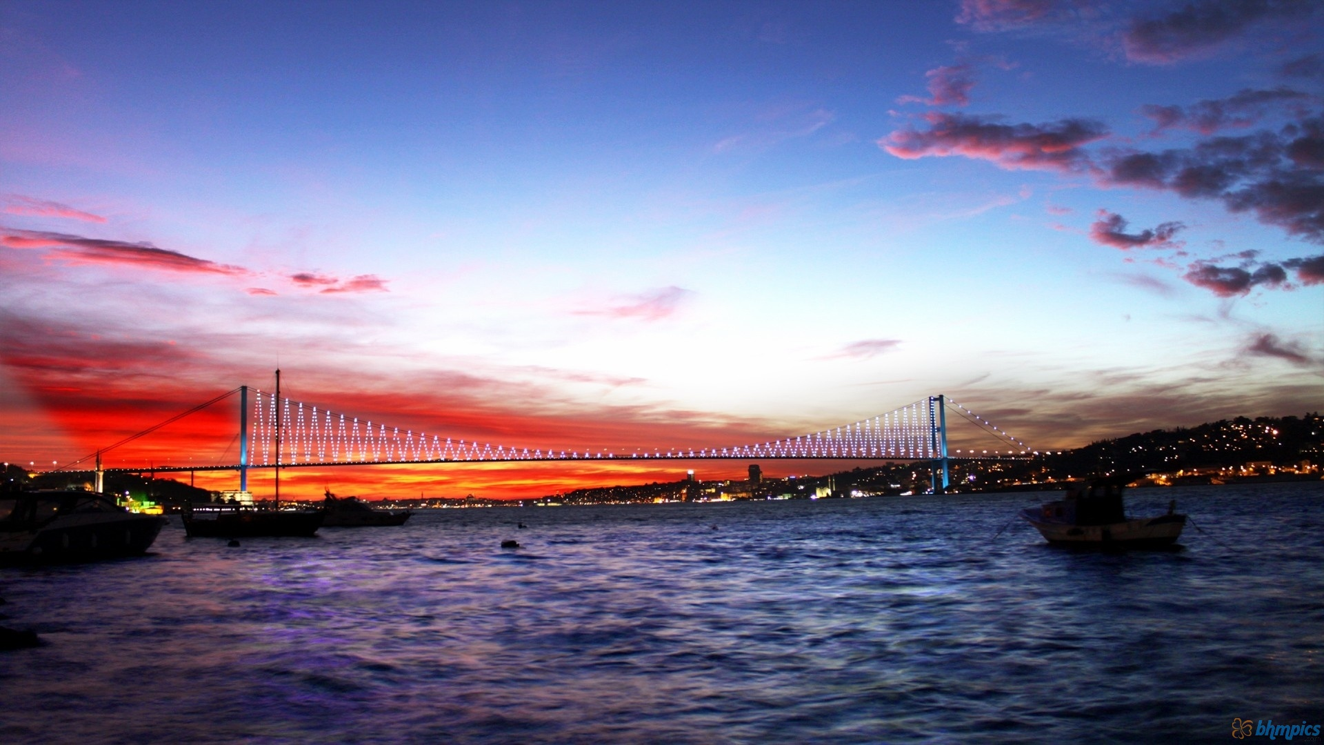 bosphorus-evening-cruise-experience in Istanbul
