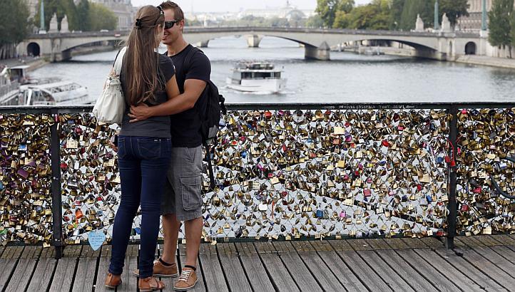Paris brige