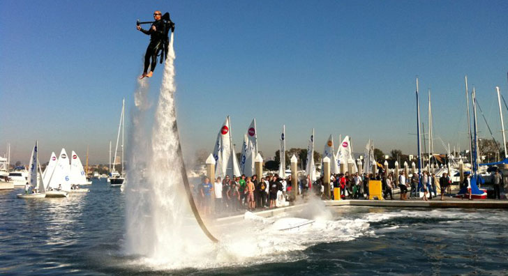 Fly -boarding Jetpack flight