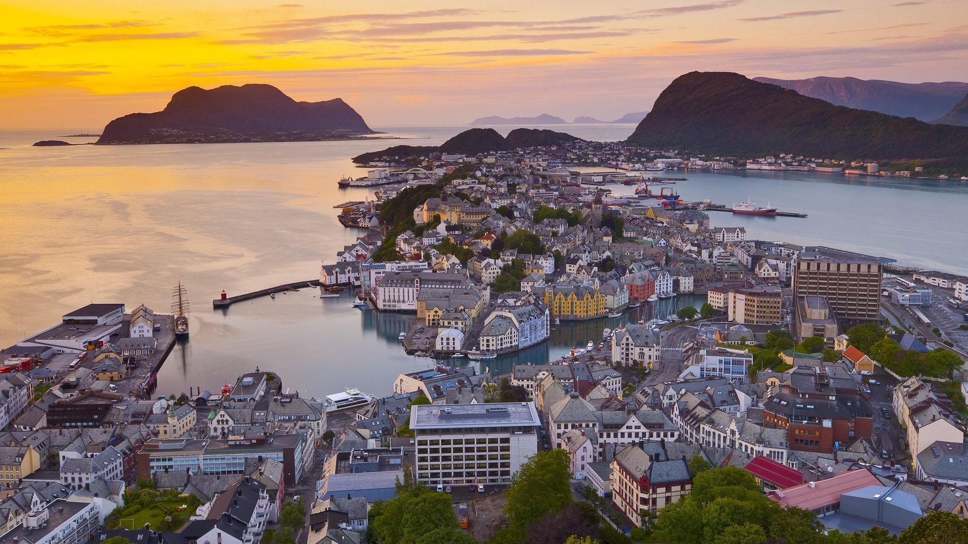 sea-city-landscape-denmark