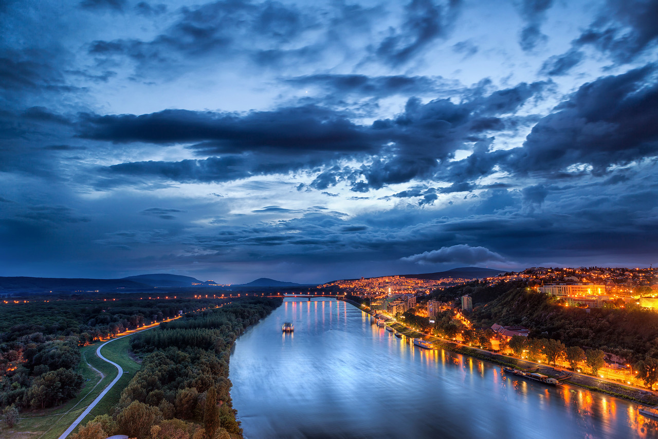 Bratislava_At Night